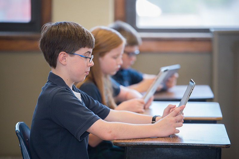 students' learning in classroom with technology